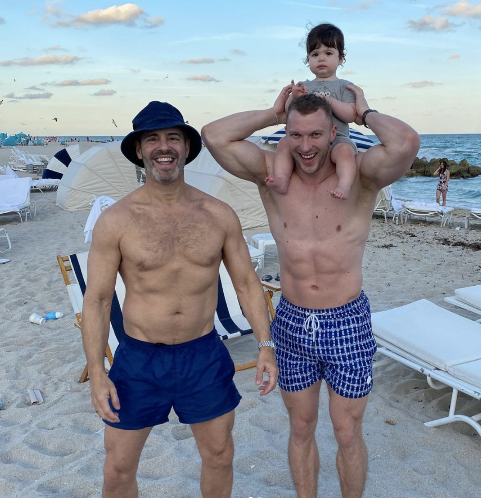 """<p><em>Watch What Happens Live! </em>host Andy Cohen revealed that he <a href=""""https://www.prevention.com/weight-loss/a29711709/andy-cohen-weight-loss-cutting-out-alcohol/"""" rel=""""nofollow noopener"""" target=""""_blank"""" data-ylk=""""slk:lost 12 pounds"""" class=""""link rapid-noclick-resp"""">lost 12 pounds</a> in three months after he stopped drinking alcohol and made some changes to his diet. So if you think limiting your <a href=""""https://www.prevention.com/weight-loss/g23473697/lowest-calorie-alcohol/"""" rel=""""nofollow noopener"""" target=""""_blank"""" data-ylk=""""slk:alcohol intake"""" class=""""link rapid-noclick-resp"""">alcohol intake</a> won't make a difference in your weight loss, think again. Cohen said he was inspired to change his lifestyle in summer of 2019. """"I had a moment where I was like, I really felt like my suits were getting tight and it was beach season and I was wearing like button-downs to the beach,"""" Cohen said while co-hosting <em>Today</em> with Hoda Kotb. Since he lost the weight, Cohen says he's been more mindful about what he eats.</p>"""