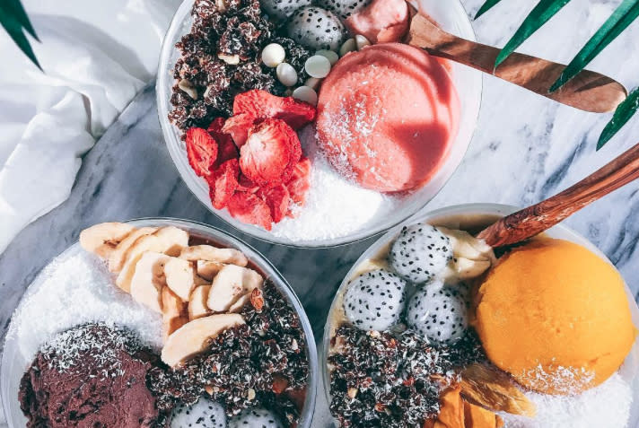 9 healthy smoothie bowl combos you haven't already tried (and will totally love!)