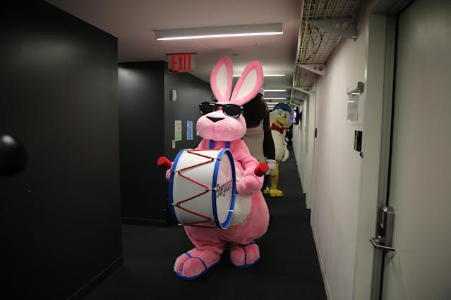 <p>The Energizer Bunny marches down the hall of Yahoo offices in New York City on Sept. 25, 2017. (Photo: Gordon Donovan/Yahoo News) </p>