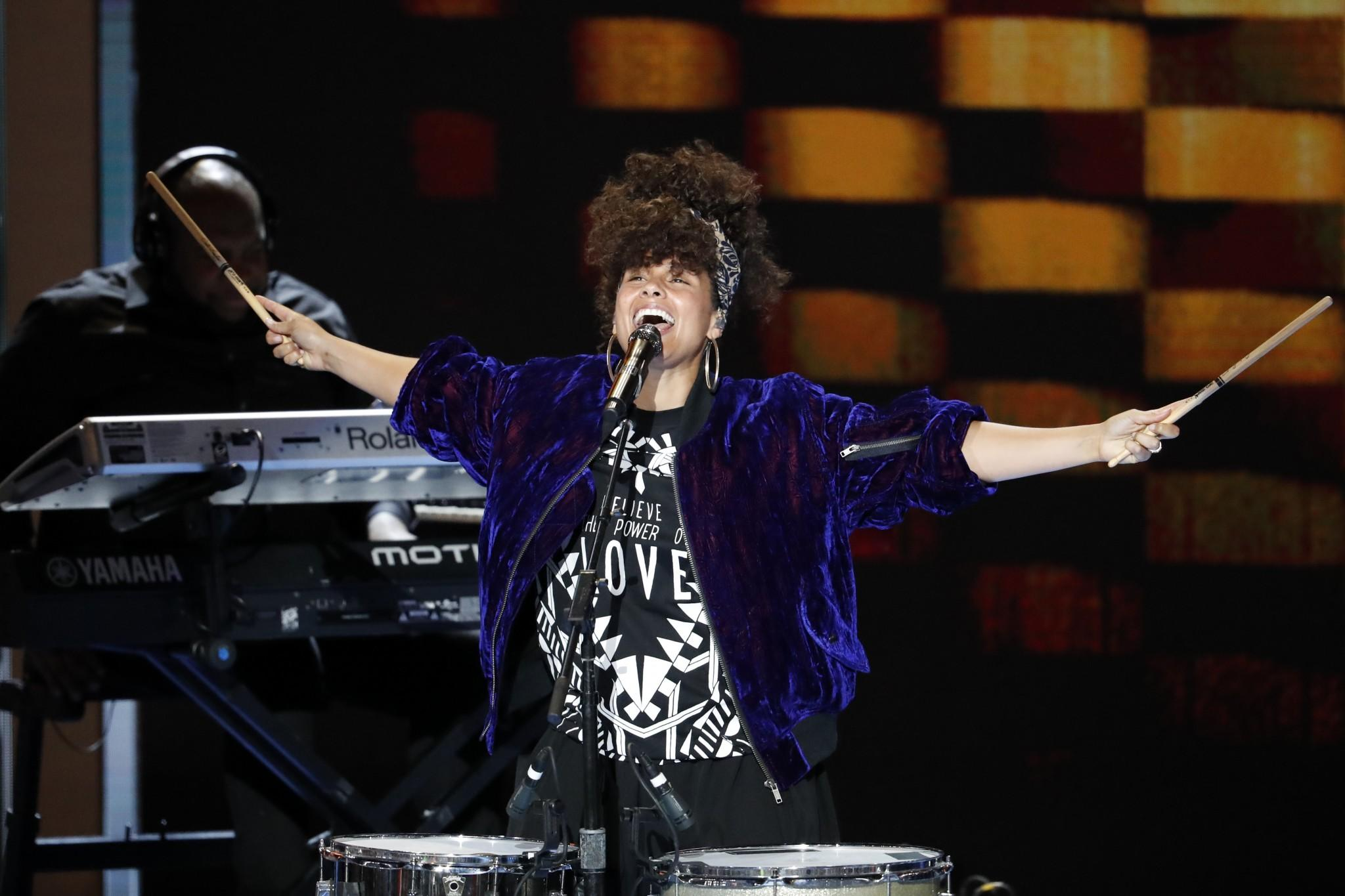Singer Alicia Keys performs at the convention. (Photo: J. Scott Applewhite/AP)