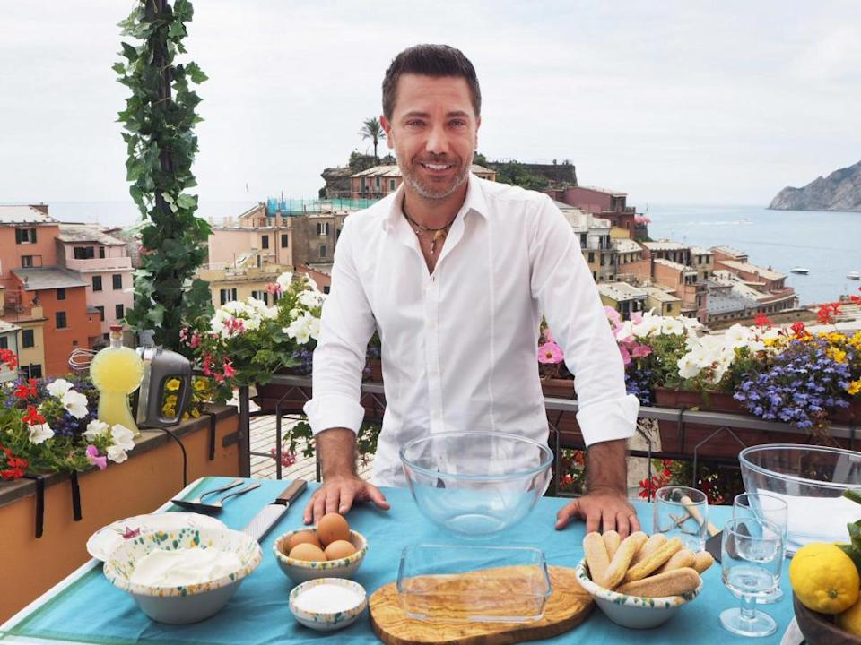 Gino D'Acampo reaches the Cinque Terre.