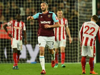 Premier League: Andy Carroll's last-gasp goal salvages draw for West Ham United against Stoke