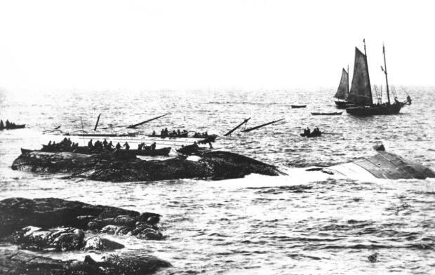 William Notman took this photograph of the scene after the ship had mostly sunk.  (Nova Scotia Archives - image credit)