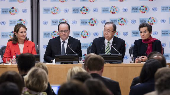 Secretary-General Ban Ki-moon (right) speaks to the media following the Signing Ceremony for the Paris Agreement on Climate Change.