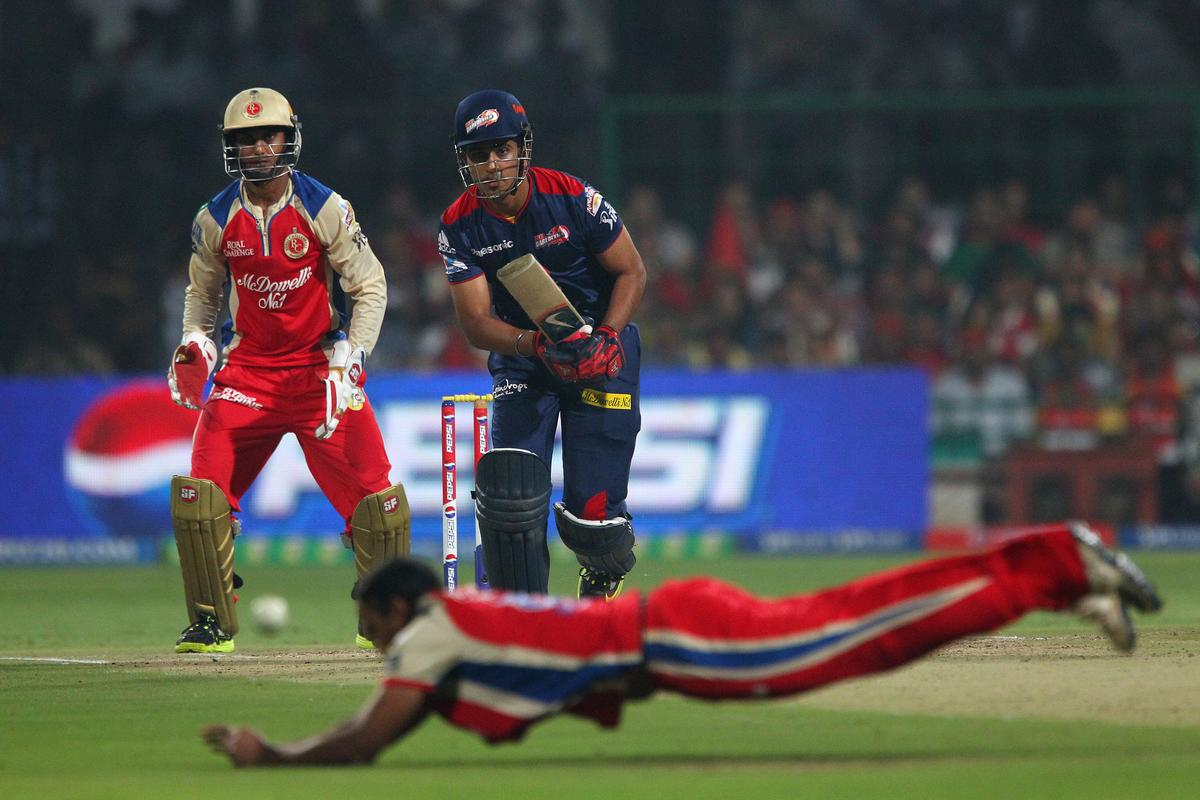Manpreet Juneja during match 21 of the Pepsi Indian Premier League between The Royal Challengers Bangalore and The Delhi Daredevils held at the M. Chinnaswamy Stadium, Bengaluru  on the 16th April 2013..Photo by Ron Gaunt-IPL-SPORTZPICS ...Use of this image is subject to the terms and conditions as outlined by the BCCI. These terms can be found by following this link:..https://ec.yimg.com/ec?url=http%3a%2f%2fwww.sportzpics.co.za%2fimage%2fI0000SoRagM2cIEc&t=1495476037&sig=nmqdzhnCFoOr0kKunafbHg--~C