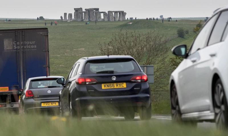 Traffic near Stonehenge