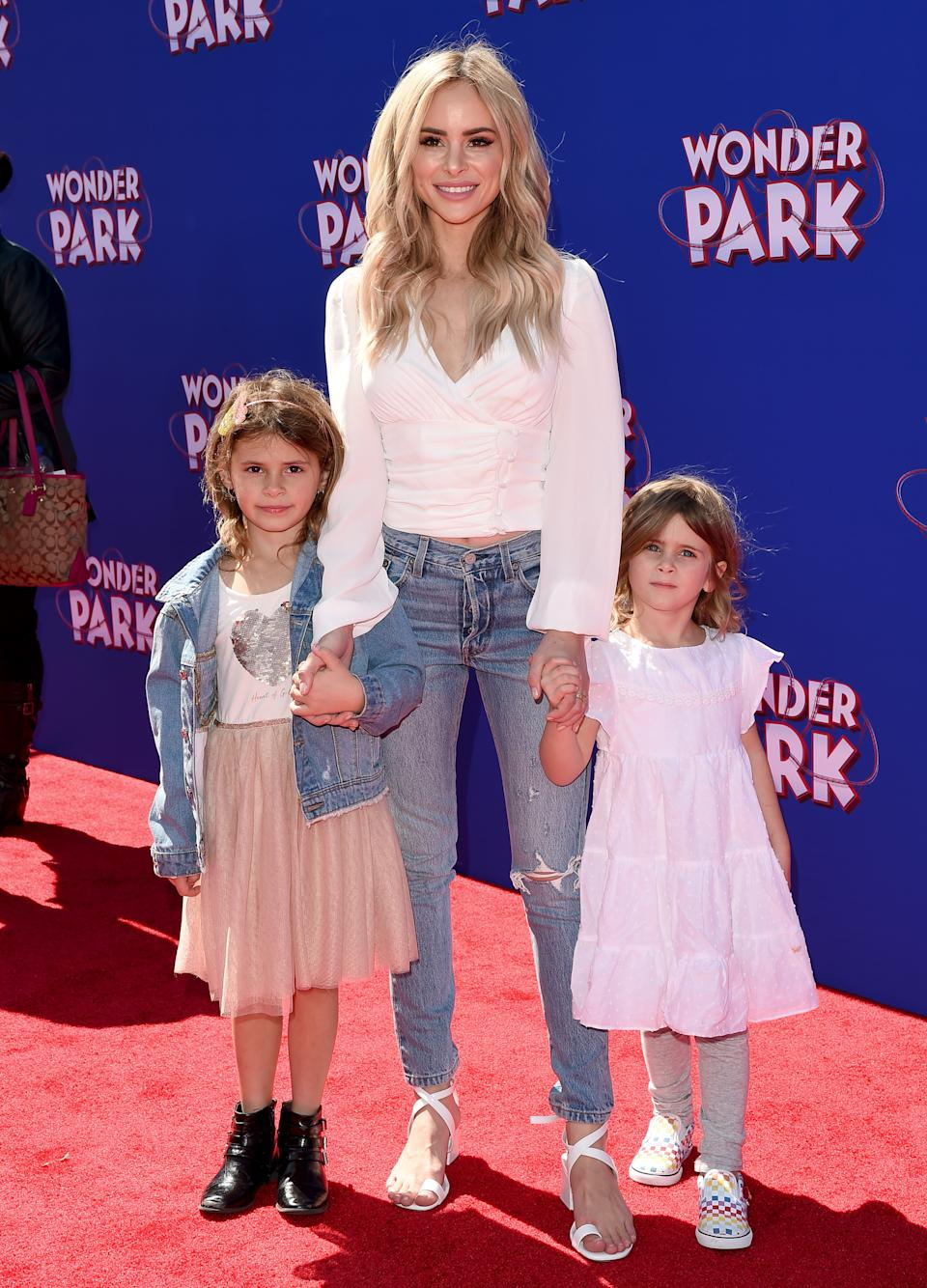 Stanton and daughters Charlie (left) and Kinsley (Photo by Axelle/Bauer-Griffin/FilmMagic)