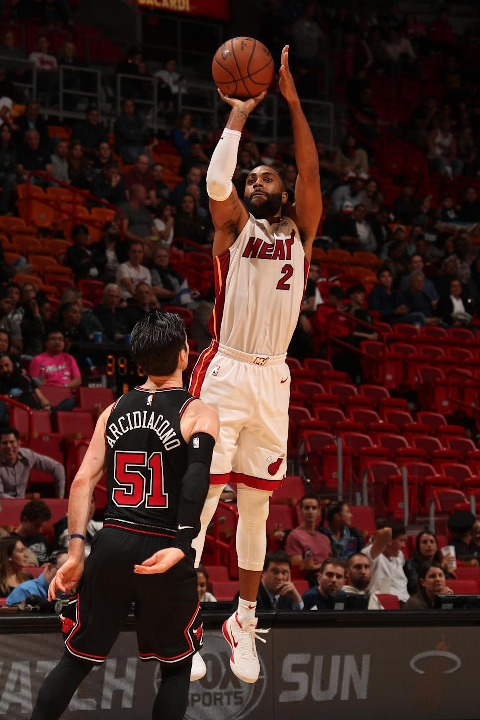 MIAMI, FL - JANUARY 30: Wayne Ellington #2 of the Miami Heat shoots the ball against the Chicago Bulls on January 30, 2019 at American Airlines Arena in Miami, Florida. (Photo by Issac Baldizon/NBAE via Getty Images)