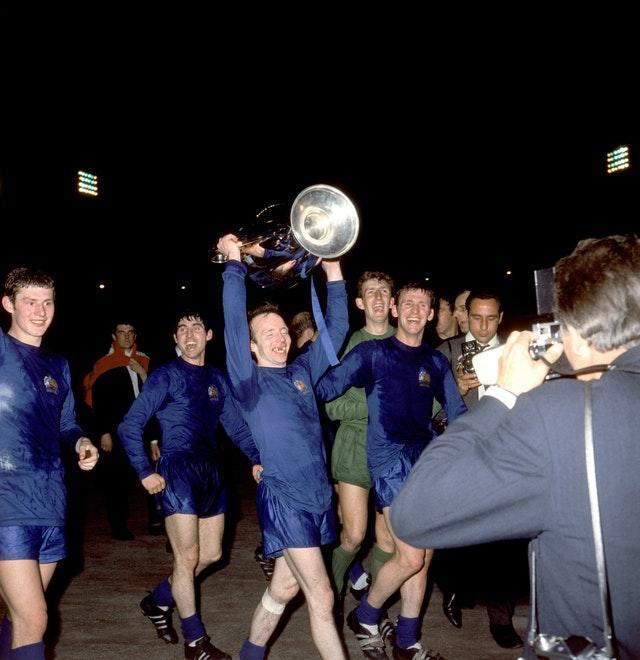 Nobby Stiles celebrates Mancheser United's European Cup final victory over Benfica in 1968