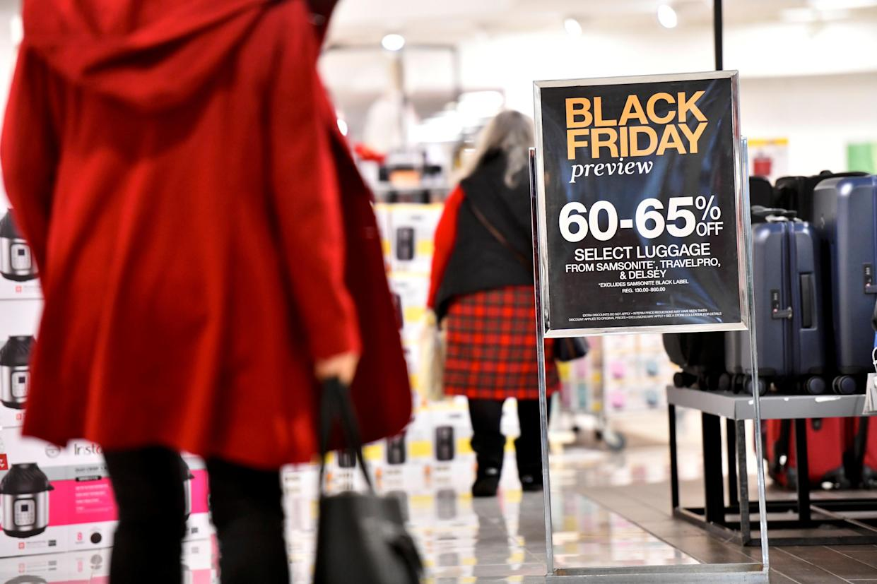 Shoppers at a Macy's store at the King of Prussia Mall in King of Prussia, Pa. November 22, 2019. REUTERS/Mark Makela