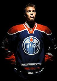 The Oilers hope Taylor Hall can lead the franchise out of the darkness. (Photo by Harry How/Getty Images)