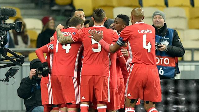 Benfica remain in third place in Champions League Group B after Besiktas' surprise victory against Napoli in its other game.