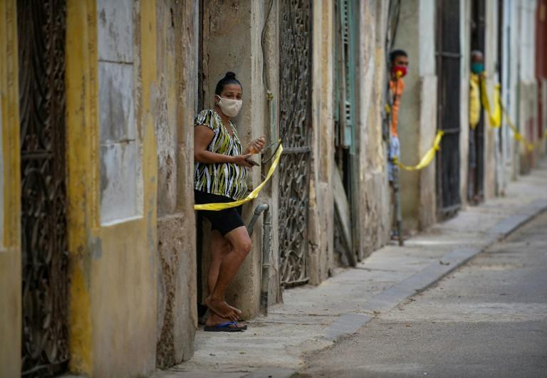 Cuban authorities have announced new measures to control a surge of Covid-19