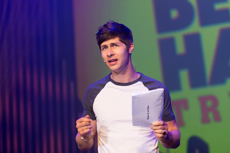 EDINBURGH, SCOTLAND - AUGUST 06: Ben Hanlin performs 'Trickhead' on stage during Pleasance Programme Launch for the Edinburgh Festival Fringe at Pleasance Grand on August 5, 2016 in Edinburgh, Scotland. (Photo by Roberto Ricciuti/Getty Images)