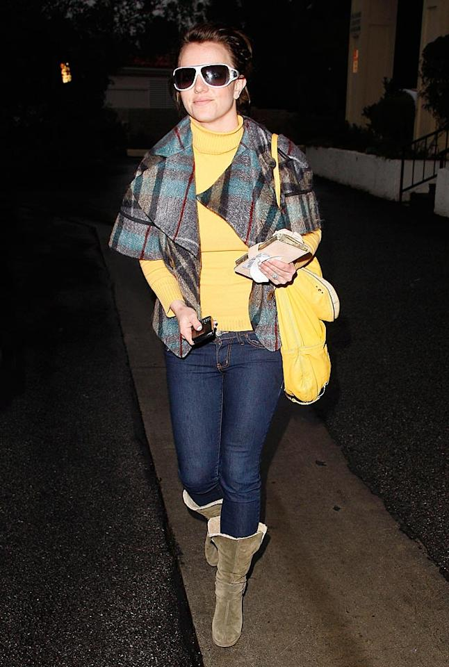 "Also looking bad in plaid ... Britney Spears, whose dingy-looking swing coat totally clashed with her canary-colored turtleneck and handbag. RS/<a href=""http://www.x17online.com"" target=""new"">X17 Online</a> - January 26, 2010"