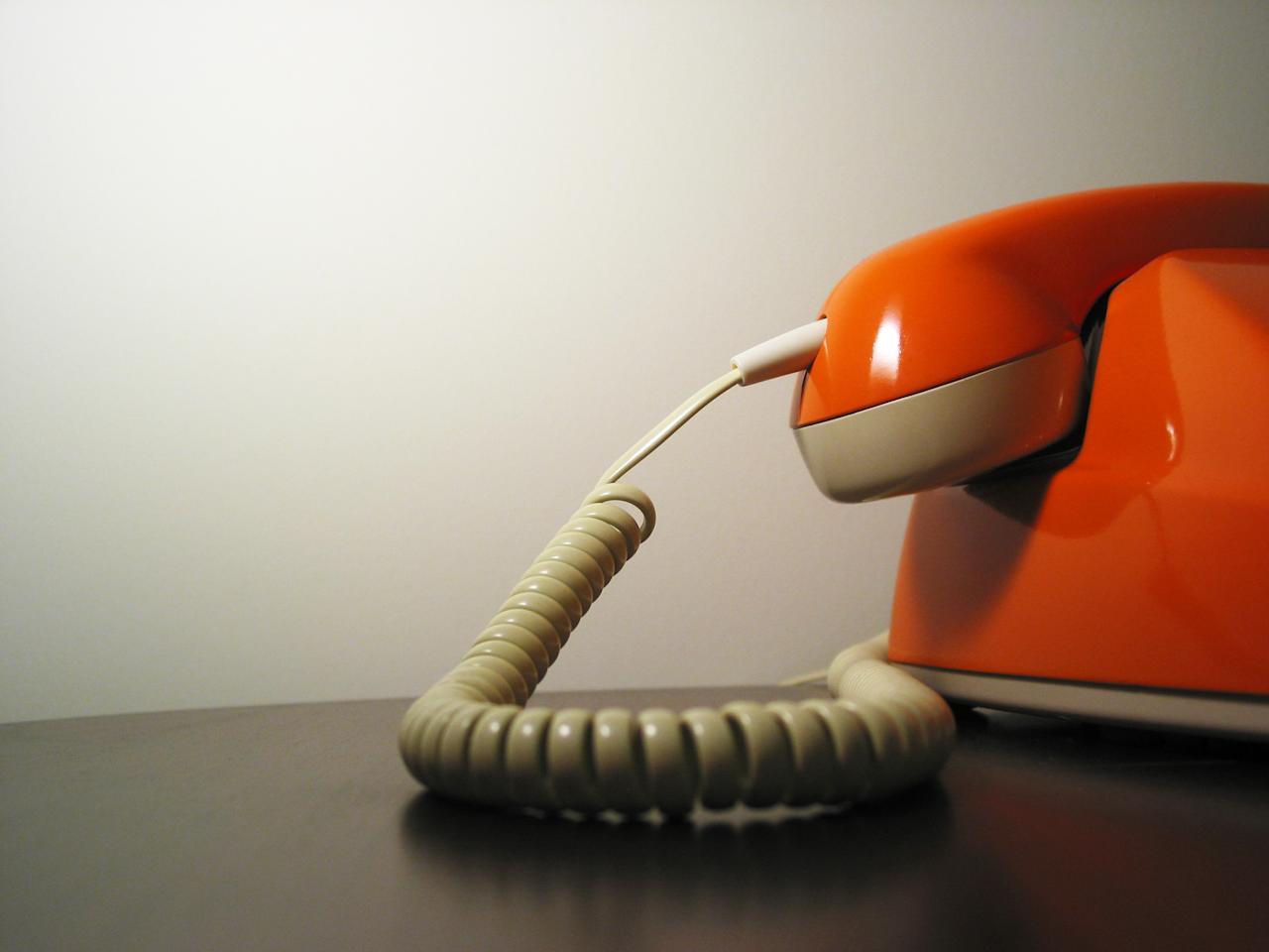 <p>We're not sure how we ever coped with having to answer the phone in a public place (the family home counts) without being able to see who's calling first, and being unable to take a private conversation elsewhere. [Photo: Grant Hutchinson/Flickr] </p>