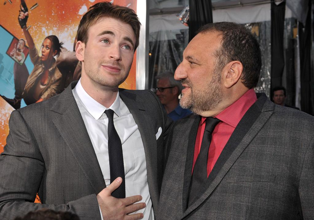 """<a href=""""http://movies.yahoo.com/movie/contributor/1803006988"""">Chris Evans</a> and <a href=""""http://movies.yahoo.com/movie/contributor/1800022986"""">Joel Silver</a> at the Los Angeles premiere of <a href=""""http://movies.yahoo.com/movie/1810096356/info"""">The Losers</a> - 04/20/2010"""