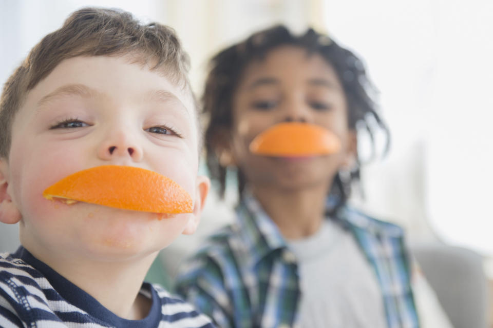 Fruits like oranges are rich in vitamin C and help strengthen the immune system. (Photo: Getty Images)