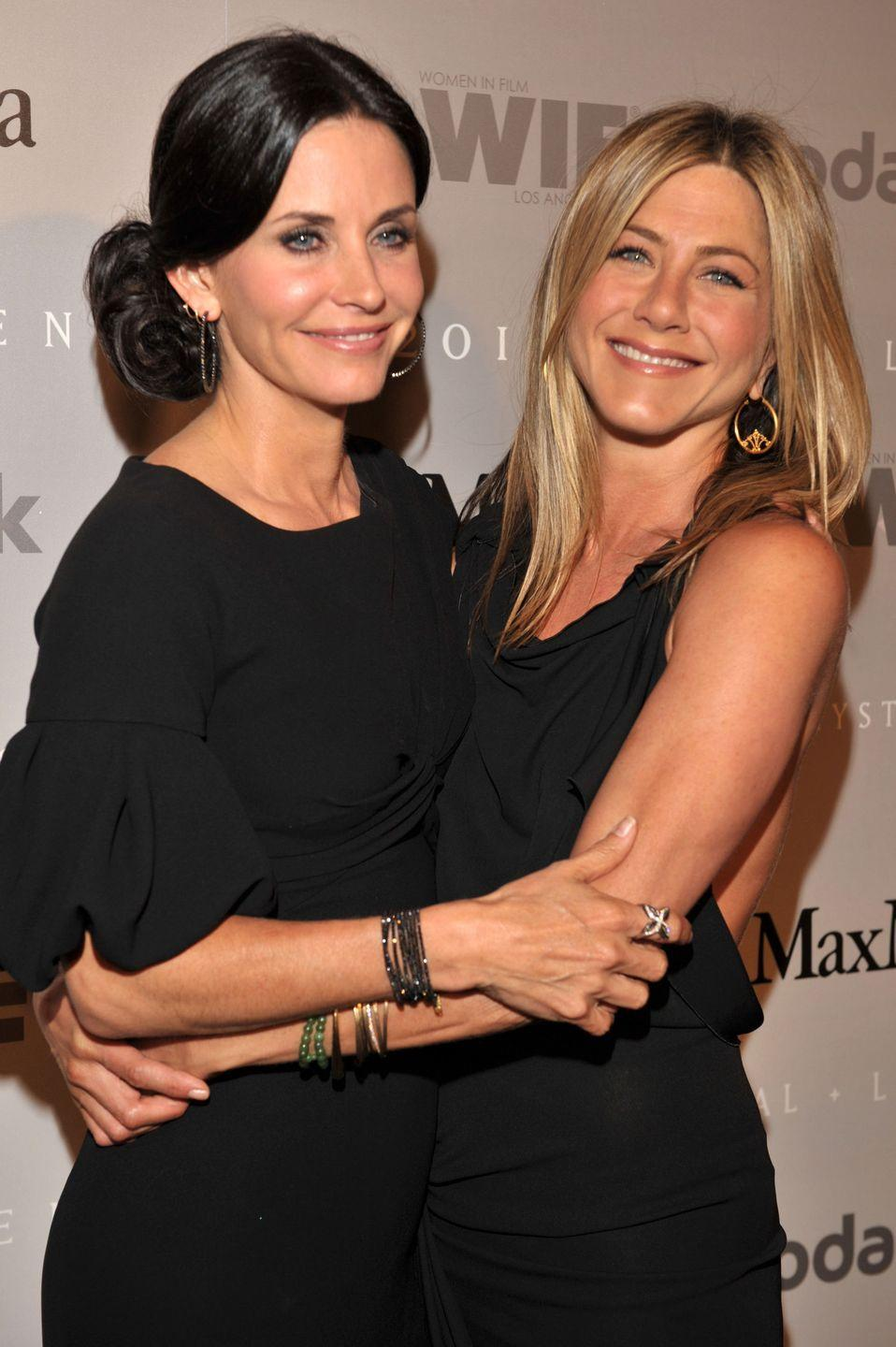 <p>Courteney and Jen aren't just friends on <em>Friends</em>. That relationship is strong off screen, too. It turns out being on a TV show with someone for 10 seasons allows you to form friendships with costars. Who knew?<br></p>