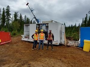 CEO Rene Bharti, Chairman Dr. Andreas Rompel and project geologist Alexandr Beloborodov at the drilling site at the Vallée property.