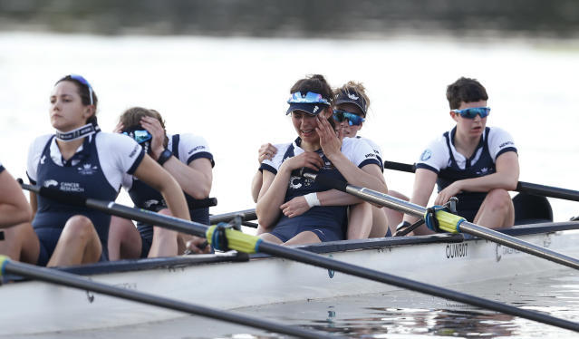 Britain Rowing - 2017 Oxford v Cambridge University Boat Race - River Thames, London - 2/4/17 Oxford look dejected after losing the womens boat race Action Images via Reuters / Matthew Childs Livepic