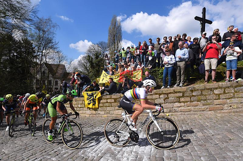 World Champion Amalie Dideriksen on the cobbles at 2017 Tour of Flanders Women