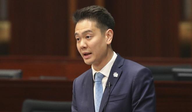 Pro-Beijing lawmaker Holden Chow says merely restating legal principles will not assuage public fears over judicial impartiality. Photo: Edward Wong