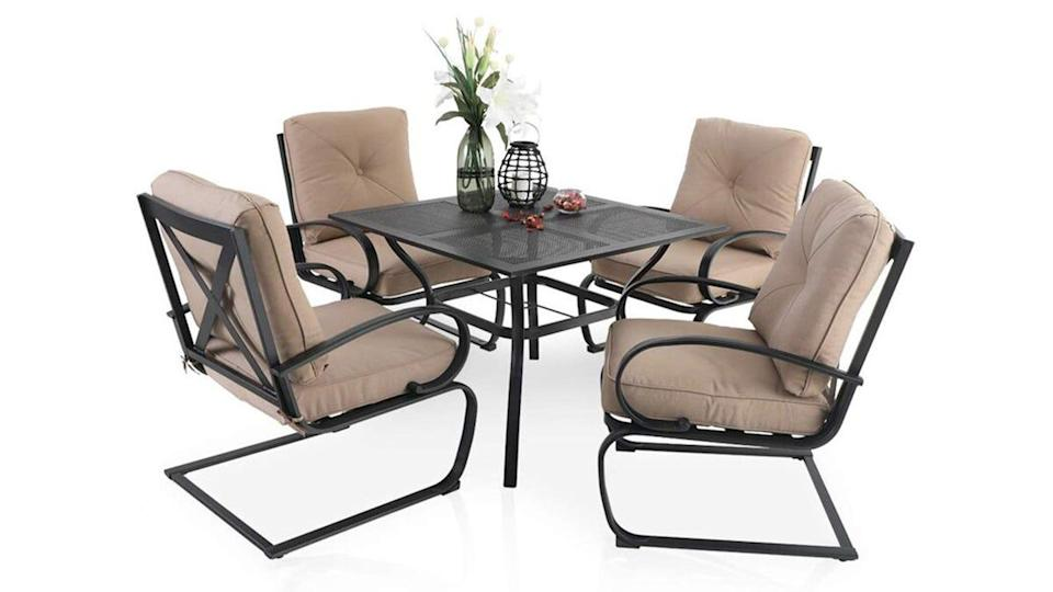 Shoppers gave high ranks for this five-piece outdoor dining set.