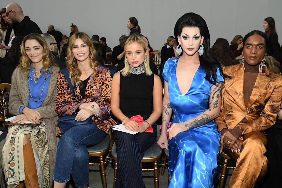 PARIS, FRANCE - JANUARY 20 : Sofia Sanchez de Betak, Lorena Vergani , Lady Amelia Windsor, Violet Chachki , Richie Shazam and Singer Allie X attend the Schiaparelli Haute Couture Spring/Summer 2020 show as part of Paris Fashion Week on January 20, 2020 in Paris, France. (Photo by Pascal Le Segretain/Getty Images)