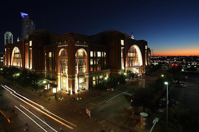 "The American Airlines Center — the home of the <a class=""link rapid-noclick-resp"" href=""/nba/teams/dal"" data-ylk=""slk:Dallas Mavericks"">Dallas Mavericks</a> and <a class=""link rapid-noclick-resp"" href=""/nhl/teams/dal"" data-ylk=""slk:Dallas Stars"">Dallas Stars</a> — is now a part of the investigation into the Mavericks front office. (Getty Images)"