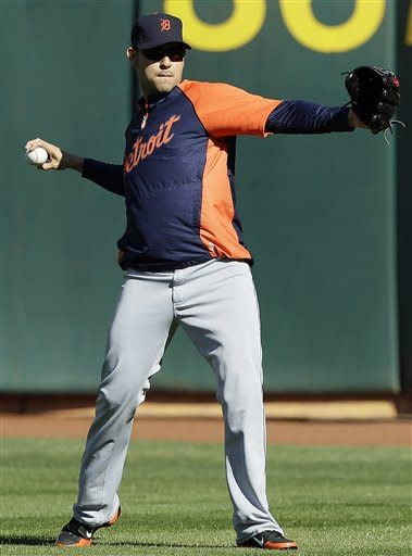 Detroit Tigers pitcher Anibal Sanchez practices in preparation for Game 3 of the American League division baseball series against the Oakland Athletics in Oakland, Calif., Monday, Oct. 8, 2012. Their game is scheduled for Tuesday in Oakland. (AP Photo/Jeff Chiu)