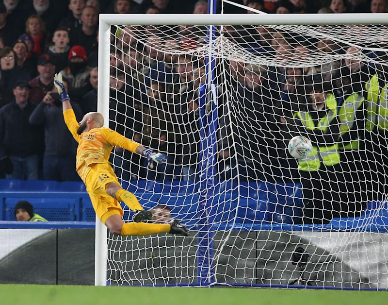 LONDON, ENGLAND - OCTOBER 30: Willy Caballero of Chelsea cannot stop Marcus Rashford of Manchester United scoring their second goal during the Carabao Cup Round of 16 match between Chelsea FC and Manchester United at Stamford Bridge on October 30, 2019 in London, England. (Photo by John Peters/Manchester United via Getty Images)