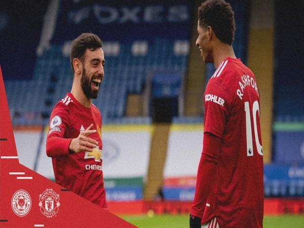 Bruno Fernandes and Marcus Rashford in action against Leicester City (Photo/ Manchester United Twitter)
