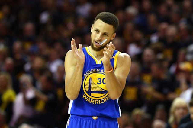 """<a class=""""link rapid-noclick-resp"""" href=""""/nba/players/4612/"""" data-ylk=""""slk:Stephen Curry"""">Stephen Curry</a>'s game-worn jersey from Game 3 of the NBA Finals sold for a new record $135,060 on Thursday. (Getty Images)"""