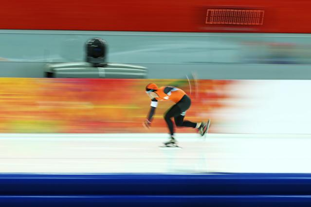 SOCHI, RUSSIA - FEBRUARY 10: Jan Smeekens of the Netherlands competes during the Men's 500 m Race 1 of 2 Speed Skating event during day 3 of the Sochi 2014 Winter Olympics at Adler Arena Skating Center on February 10, 2014 in Sochi, Russia. (Photo by Paul Gilham/Getty Images)