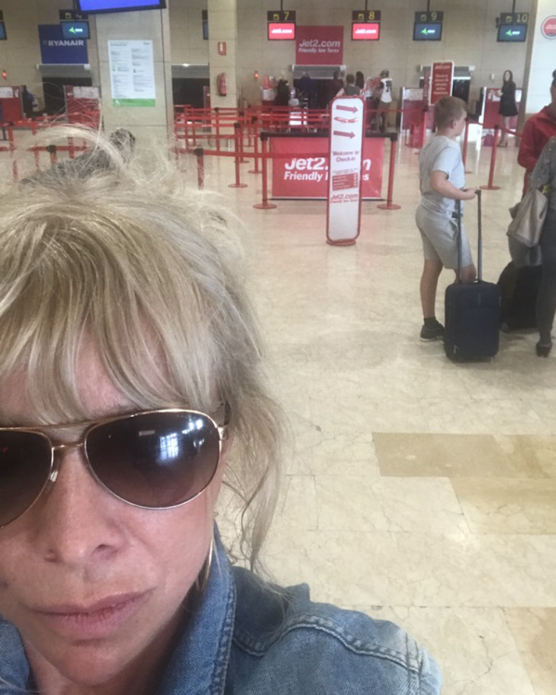 Jo Wood shared her travel trauma with her 12,500 followers on Twitter (Photo: Twitter/JoWoodOfficial)