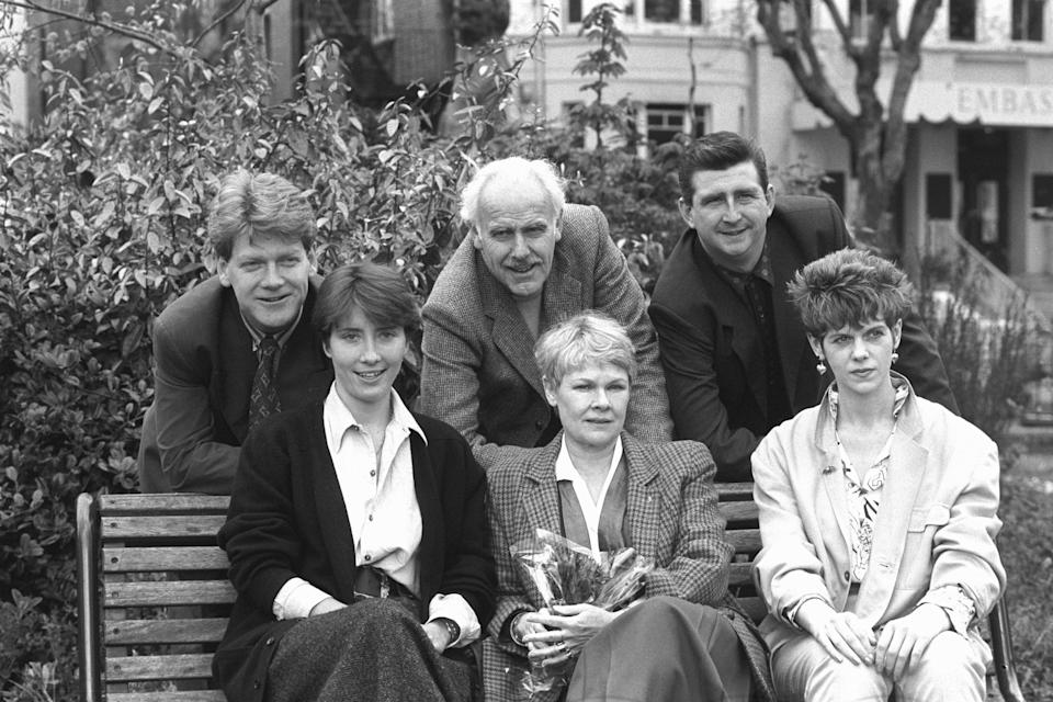 Members of the cast from a charity production of John Osbourne's play Look Back In Anger, line up in London. (Back row, l-r) Kenneth Branagh, Edward Jewesbury and Gerard Horan. (Front row, l-r) Emma Thompson, Dame Judi Dench, who is to direct the play, and Siobhan Redmond. The production takes place at the London Coliseum for one gala performance in aid of the environmental group, Friends of the Earth. (Photo by PA Images via Getty Images)
