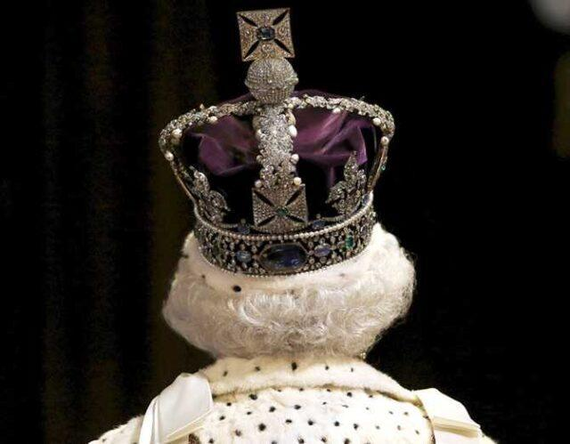 It's bad enough they stole it from us, they made the situation worse by sticking the diamond on the purple eyesore they call a crown