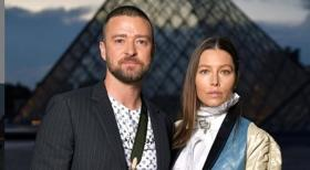 Justin Timberlake pranked on Paris Fashion Week red carpet