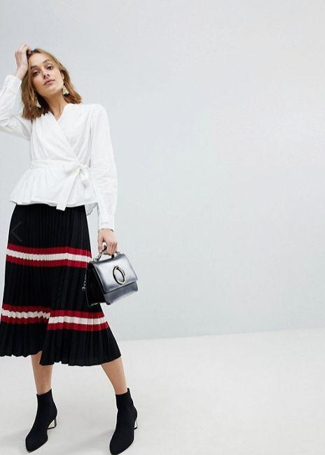 "Get it <a href=""http://us.asos.com/vero-moda/vero-moda-wrap-shirt-with-bubble-shoulder/prd/9126782?clr=white&SearchQuery=wrap%20shirt&gridcolumn=1&gridrow=1&gridsize=4&pge=1&pgesize=72&totalstyles=20"" target=""_blank"">here</a>."