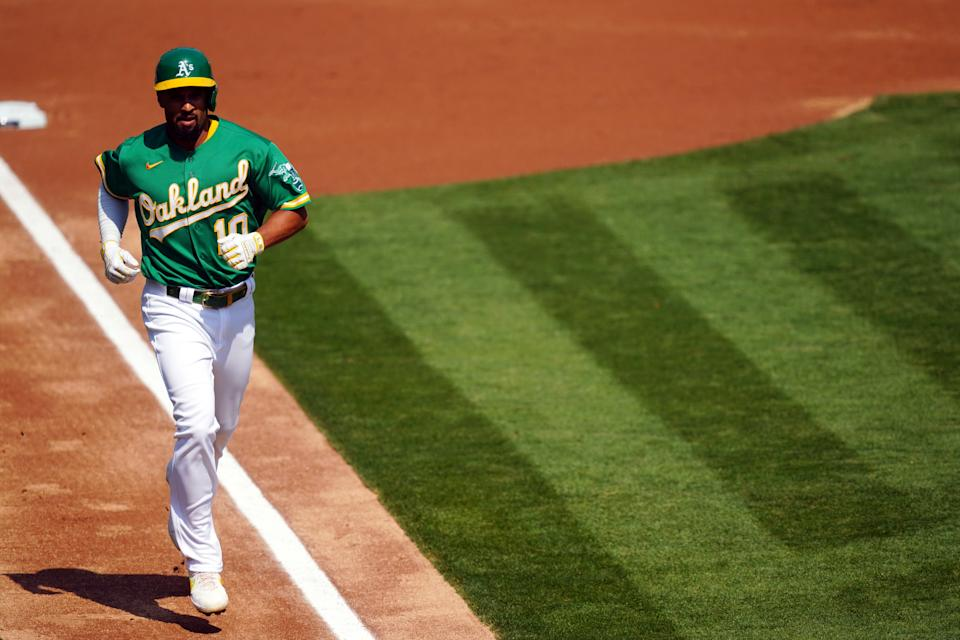Veteran shortstop Marcus Semien is joining the Toronto Blue Jays on a one-year deal, but will likely shift to second or third.