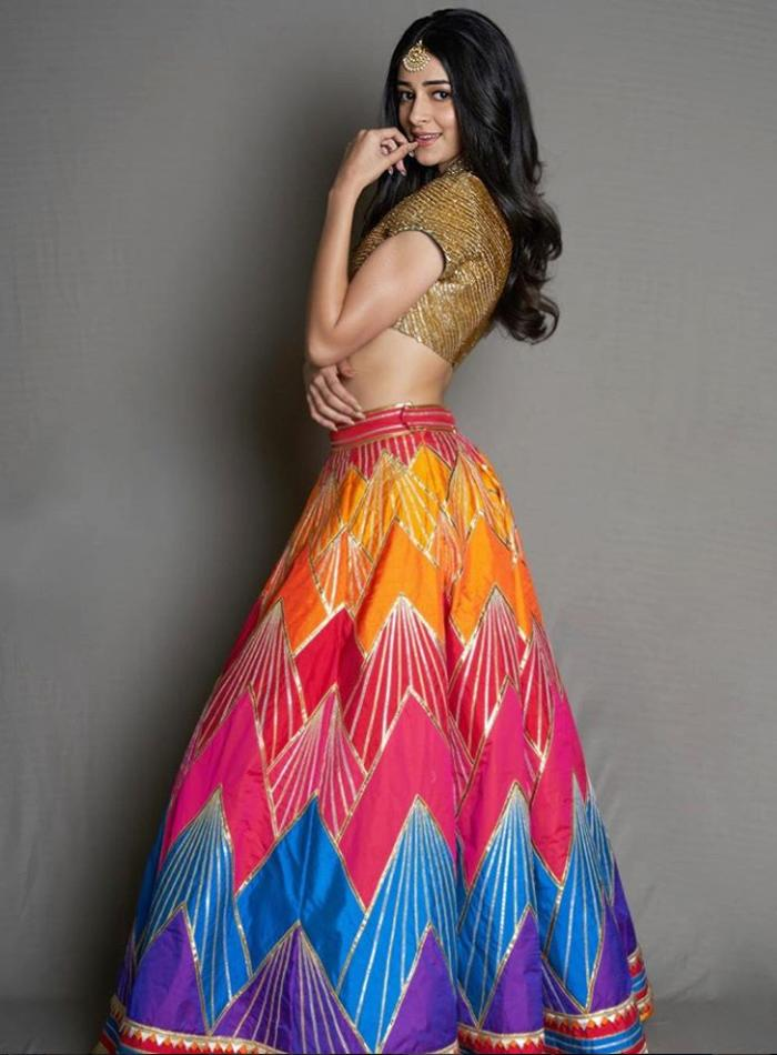 <p>Ananya Pandey is making a lot of headlines and for all the right reasons, her fashion sense being one of them. The 20-year-old was spotted celebrating Diwali in this vibrant Abu Jani – Sandeep Khosla Couture, and one can tell she couldn't have picked a better attire. Given that the chevron pattern is 'in' this season, Ananya gets a 10 on 10 for this Holi-meets-Diwali avatar. </p>