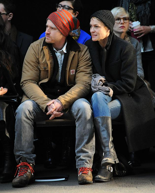 <b>Ben Foster and Robin Wright at Jen Kao</b><br>They may appear to be cold, but this new couple is all hot. (2/9/13)
