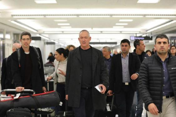 Benny Gantz arrives in Washington for talks with Trump about the peace deal (Elad Malka/Blue and White)