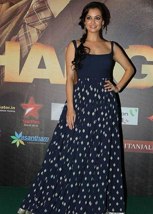 "<p class=""MsoNormal""><strong style="""">Dia Mirza:<br></b> The flairy blue dress is just perfect for a casual wear. Looks like Dia has followed the same mantra when she decided to sport the dress, teaming it with messy one-sided braid. The huge earring complements her outfit, giving it the right finish.</p>"