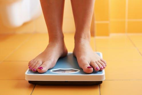 "<span class=""caption"">Participants lost around 15% of their body weight on average. </span> <span class=""attribution""><a class=""link rapid-noclick-resp"" href=""https://www.shutterstock.com/image-photo/pair-female-feet-standing-on-bathroom-193998131"" rel=""nofollow noopener"" target=""_blank"" data-ylk=""slk:Rostislav_Sedlacek/ Shutterstock"">Rostislav_Sedlacek/ Shutterstock</a></span>"