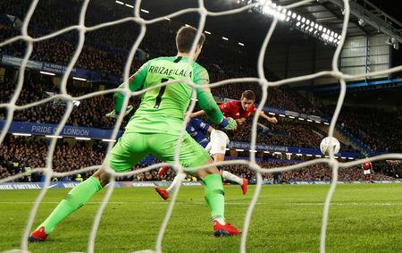 Soccer Football - FA Cup Fifth Round - Chelsea v Manchester United - Stamford Bridge, London, Britain - February 18, 2019  Manchester United's Ander Herrera scores their first goal   Action Images via Reuters/John Sibley