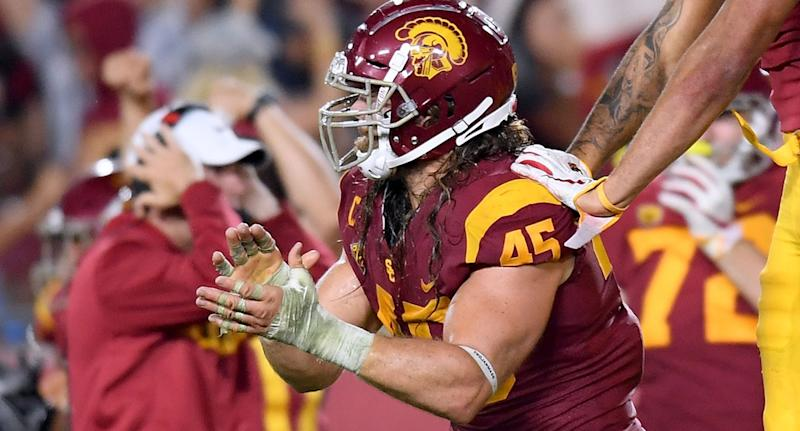 buy popular a4a64 f962f Porter Gustin: Refs miss another targeting call on USC LB