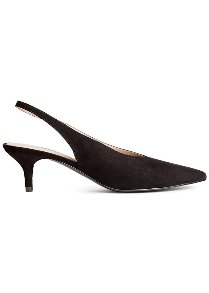 """H&M Slingbacks, $29.99; at <a rel=""""nofollow"""" href=""""http://www.hm.com/us/product/63388?article=63388-A"""" rel="""""""">H&M</a>"""