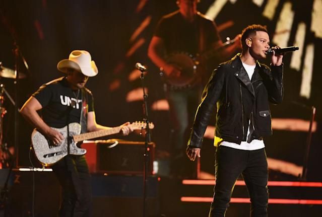 <p>Brad Paisley and Kane Brown perform onstage at the 51st annual CMA Awards at the Bridgestone Arena on November 8, 2017 in Nashville, Tennessee. (Photo by John Shearer/WireImage) </p>